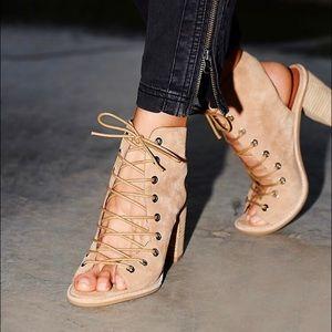Minimal Lace up Heels